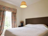Smedmore-House-Garden-Wing-bedroom-1